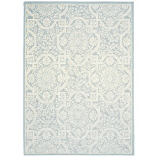 Presswood Geometric Light Blue Indoor/Outdoor Area Rug