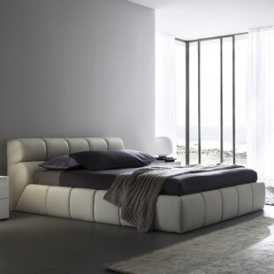 Rossetto USA Cloud Upholstered Platform Bed