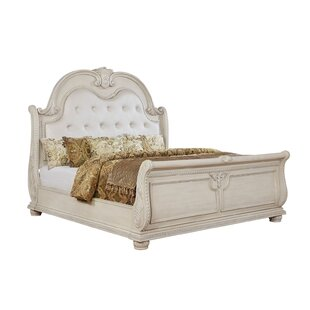 Pine Mountain Upholstered Sleigh Bed