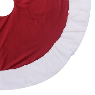 Classic Red And White Tree Skirt