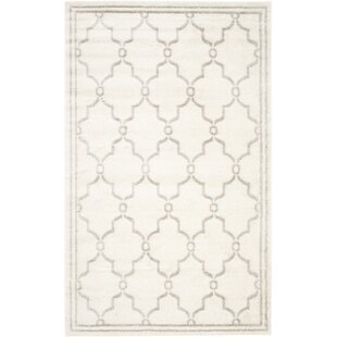 Mckamey Ivory Indoor/Outdoor Area Rug By Three Posts