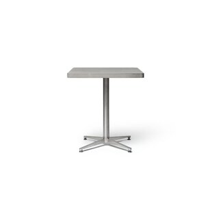 Review Muirfield Bistro Table