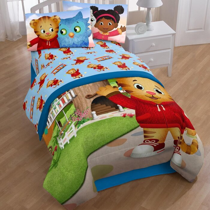 Daniel Tiger Treehouse Pals 3 Piece Sheet Set