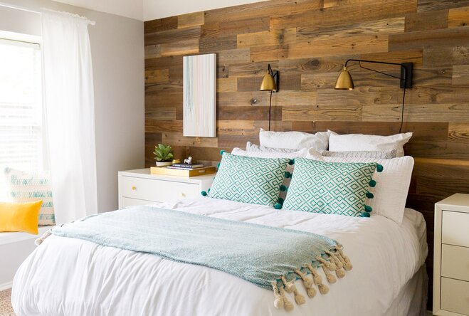 """Room Tour: This Bedroom Gives New Meaning to the Phrase """"Sunny ..."""