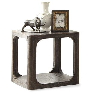 Laurel Foundry Modern Farmhouse Kaitlin Square End Table
