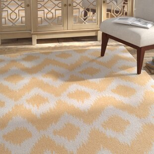 Arbuckle Hand-Tufted Butter/White Area Rug ByBungalow Rose
