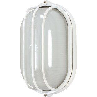 Saravia LED Outdoor Bulkhead Light