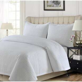 Dwaine Solid Quilt Set