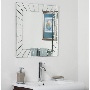 Decor Wonderland Norway Bathroom Wall Mirror