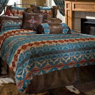 Phineas Reversible Comforter Set by Loon Peak