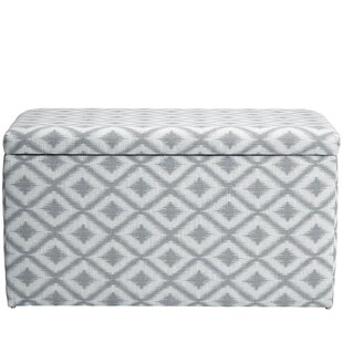 Ivy Bronx Raelynn Traditional Upholstered Storage Bench