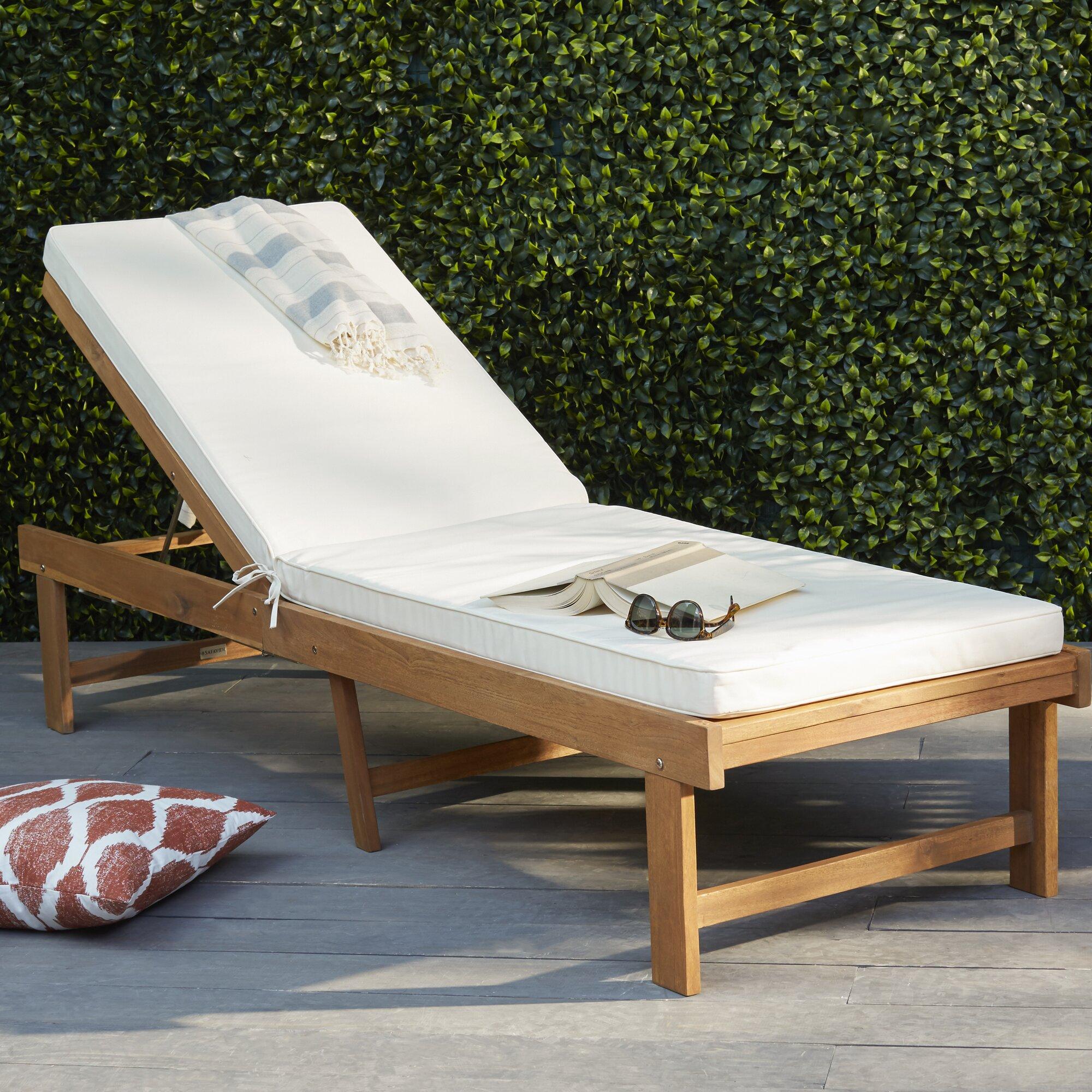 Plastic strap lounge chairs - Matheny Lounge Chair