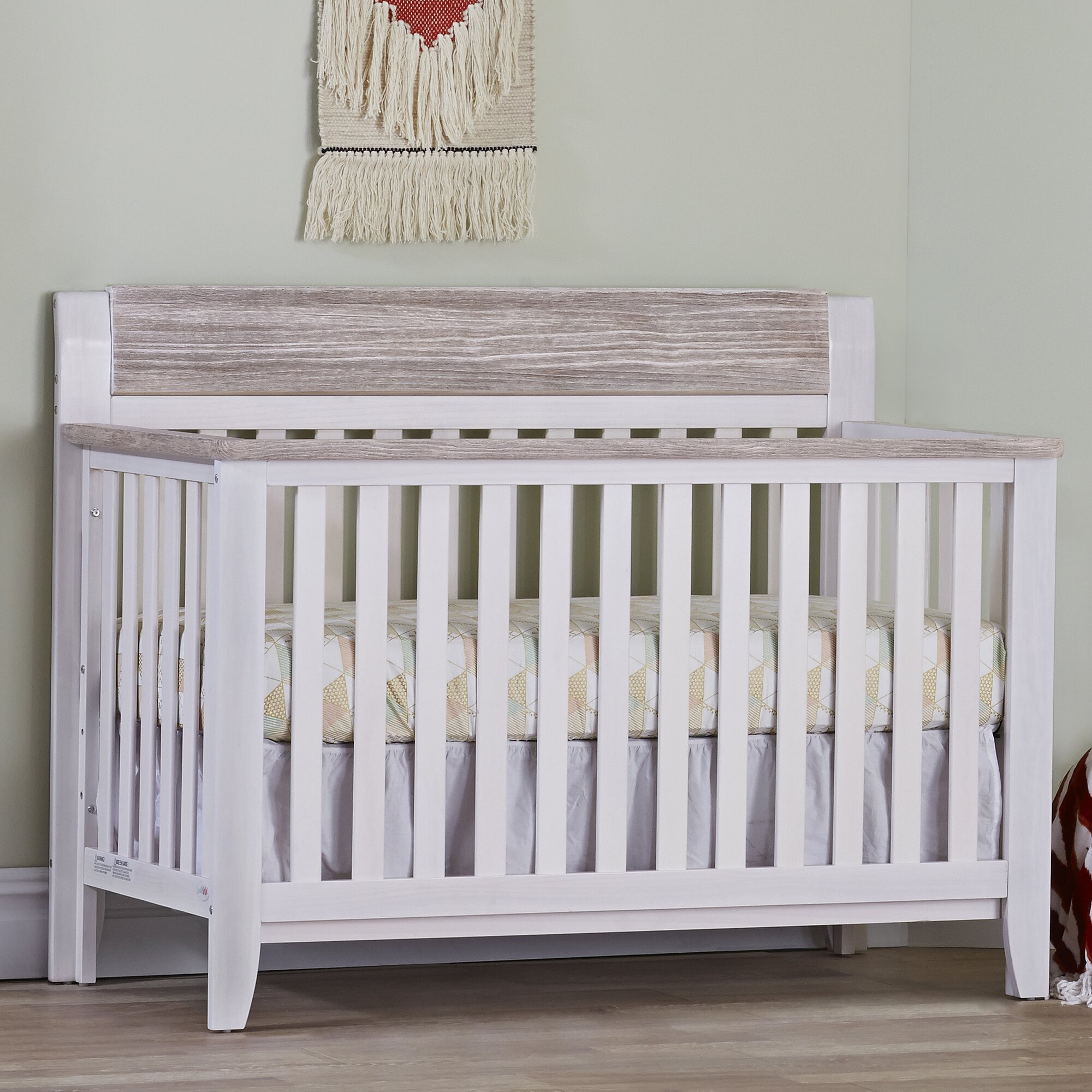 Suite Bebe Hayes Lifetime 4 In 1 Convertible Crib