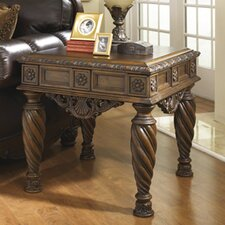 Lynnet End Table by Signature Design by Ashley