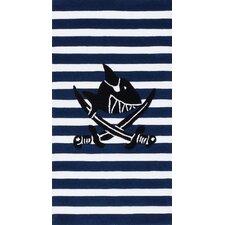 Handgewebter Motivteppich Capt'n Sharky in Schwarz und Weiß