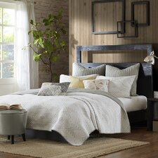 Pacific 3 Piece Reversible Quilt Set