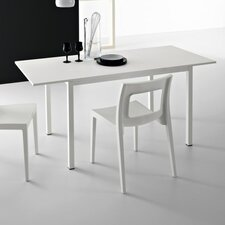 Chic Extendable Dining Table