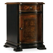 Grandover Chairside Chest by Hooker Furniture