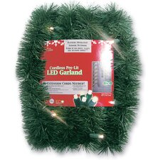 Battery Operated Sparkling Artificial Christmas Garland with Lights
