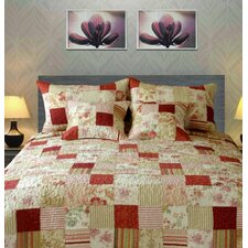 Cotton Sweet Floral Strawberry Field Patchwork Quilt Set