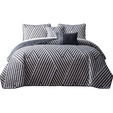 Servais 5 Piece Reversible Quilt Set