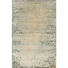 Siobhan Hand-Knotted Light Gray Area Rug