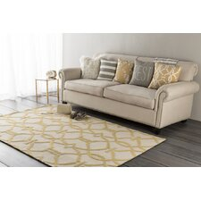 Marigold Serena Hand-Crafted Beige/Yellow Area Rug