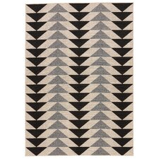 Hendrick Ivory/Black Indoor/Outdoor Area Rug