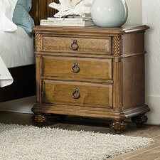 Grand Isle 3 Drawer Bachelor's Chest