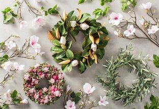 Wreaths We Love
