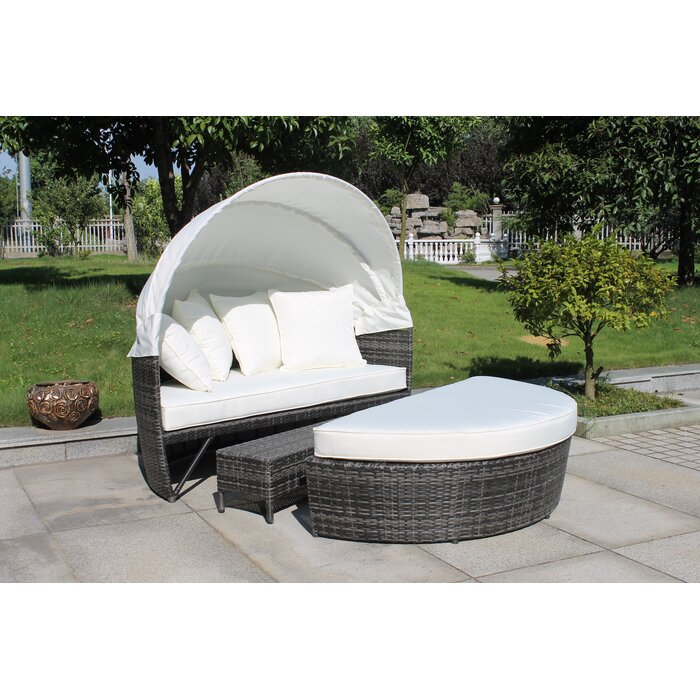 Good Sogno Delux Covered Daybed Set With Cushion