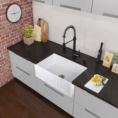 vigo edison single handle pull-down spray kitchen faucet, matte