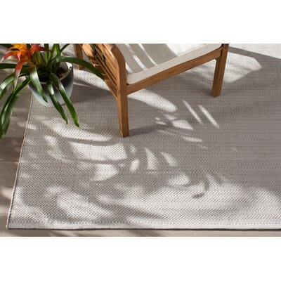 Dash and Albert Rugs C3 Herringbone Gray Indoor/Outdoor Area Rug ...