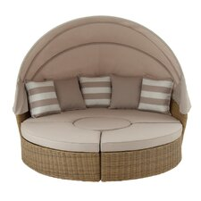 2017 Coupon Daybed with Cushions