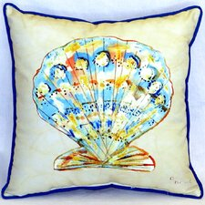 Discount Scallop Indoor/Outdoor Throw Pillow