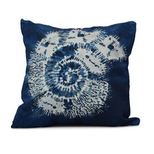 Rafia Conch Indoor/Outdoor Throw Pillow
