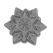 Snowflake Cake Pan  The Holiday Aisle