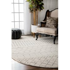 7' x 9' Area Rugs