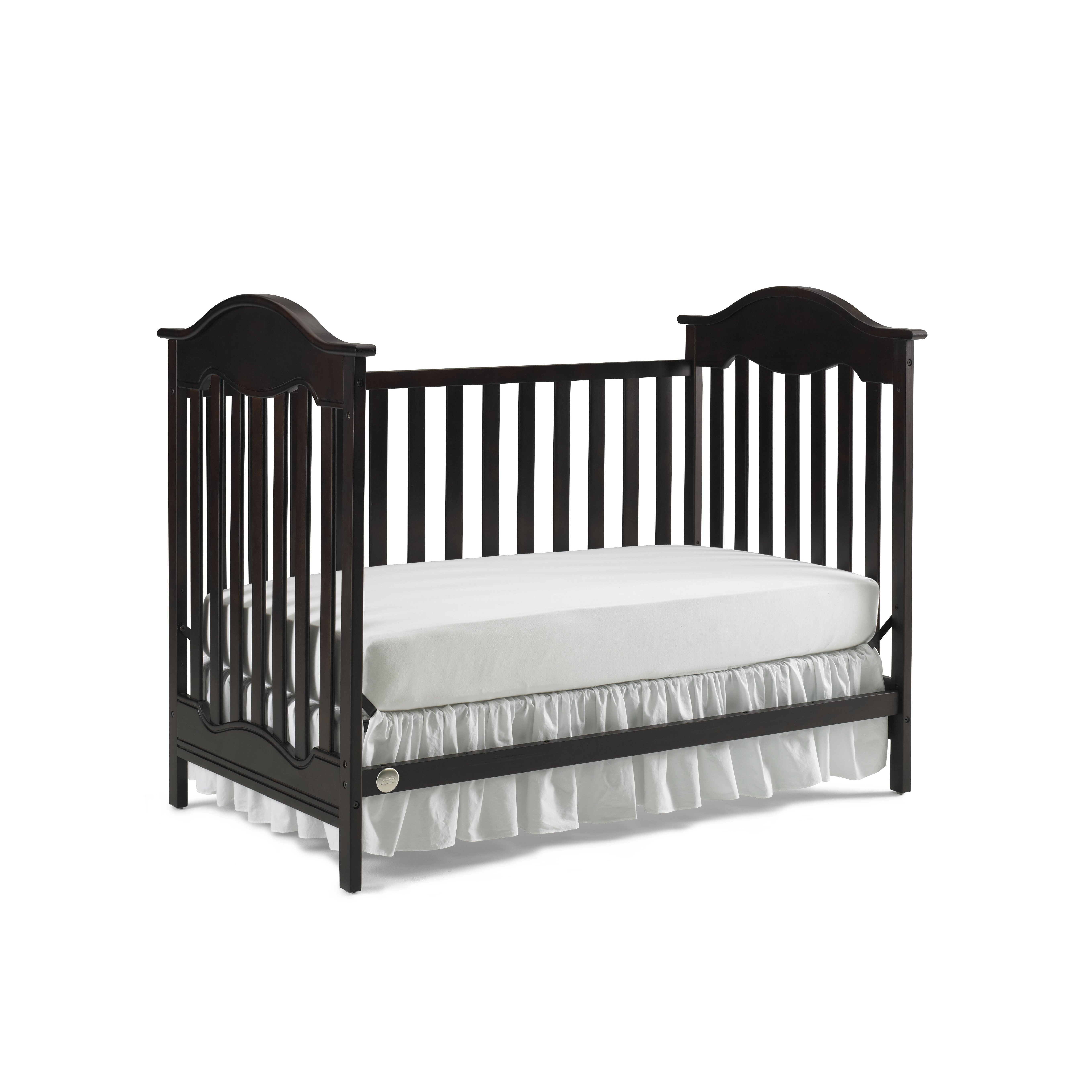 Crib for sale charleston sc - Fisher Price Charlotte Traditional Crib