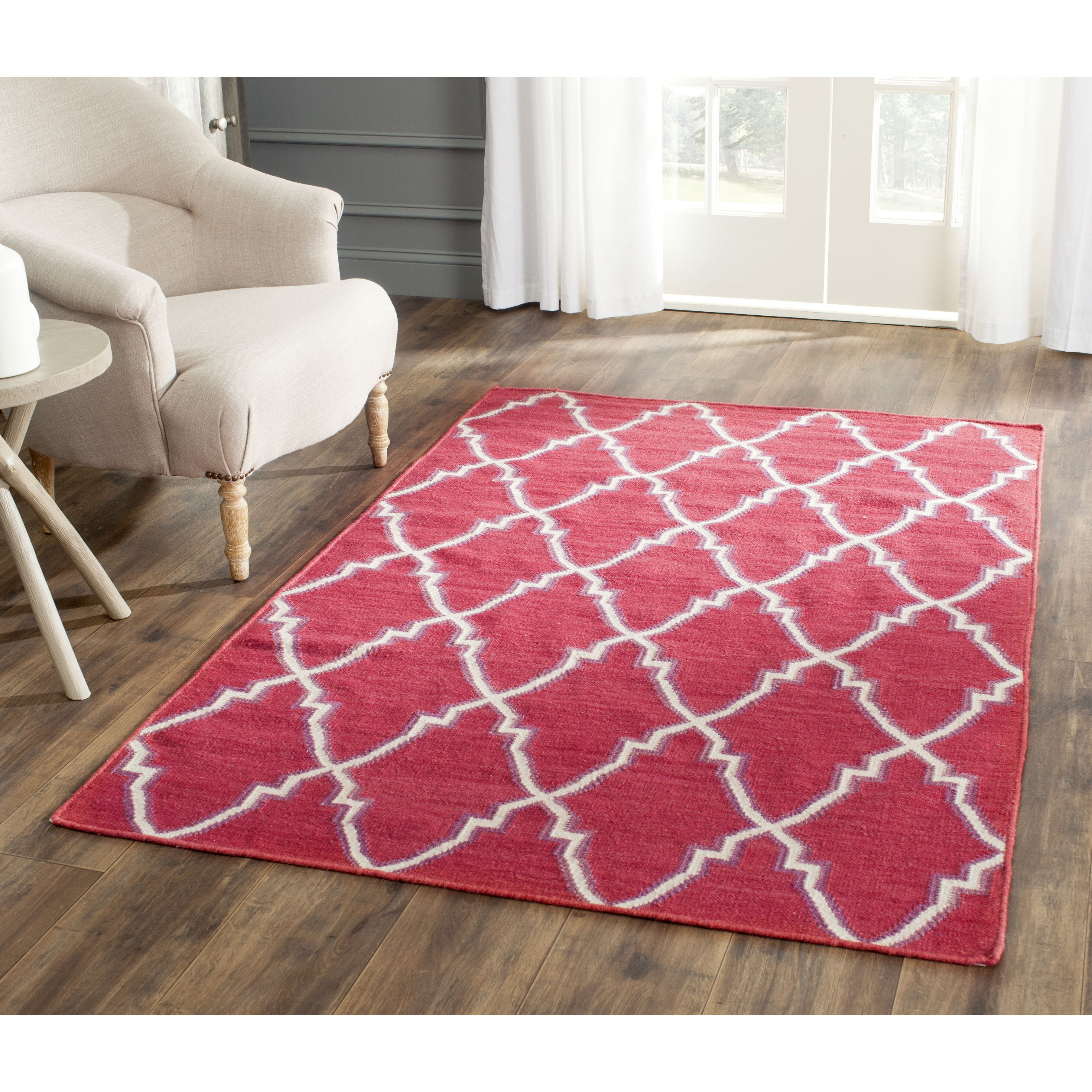 Safavieh Dhurrie Red/Ivory Area Rug & Reviews