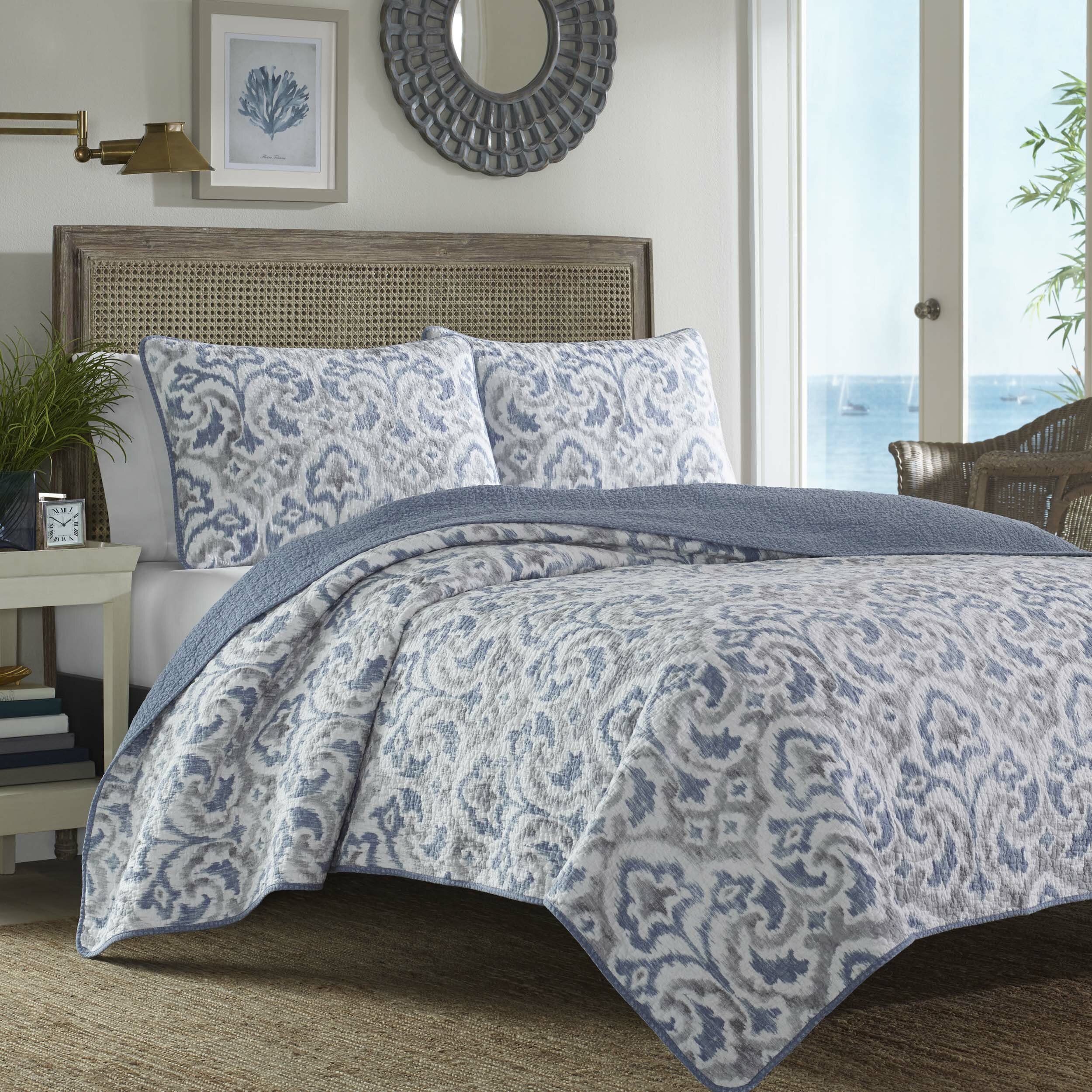 Bed sheet set with quilt - Tommy Bahama Bedding Cape Verde Reversible Quilt Set
