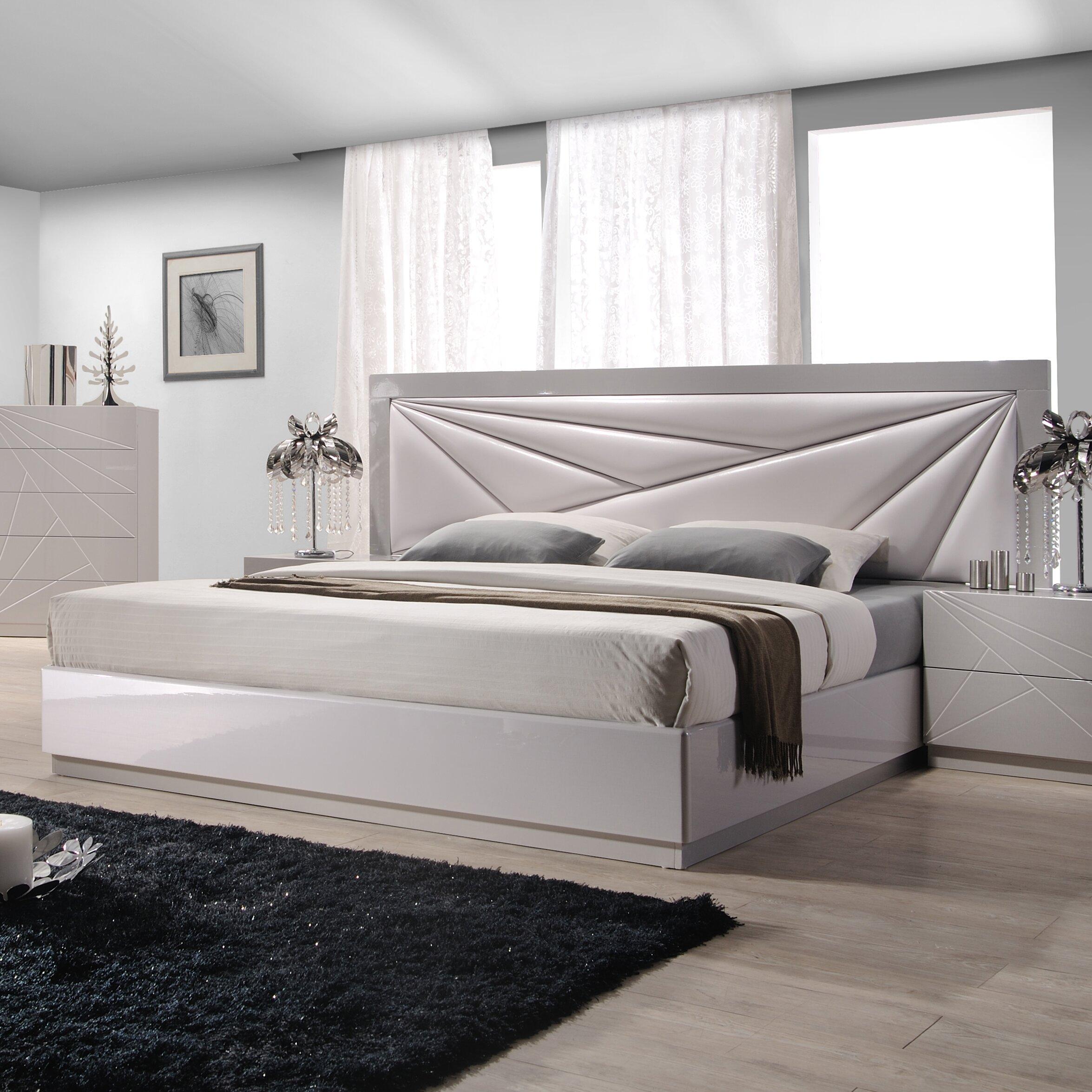 Platform Bedroom Ernesto Upholstered Platform Bed Reviews Allmodern