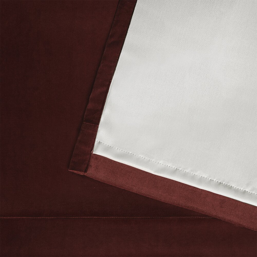 Amalgamated textiles cartago inslated woven blackout thermal single