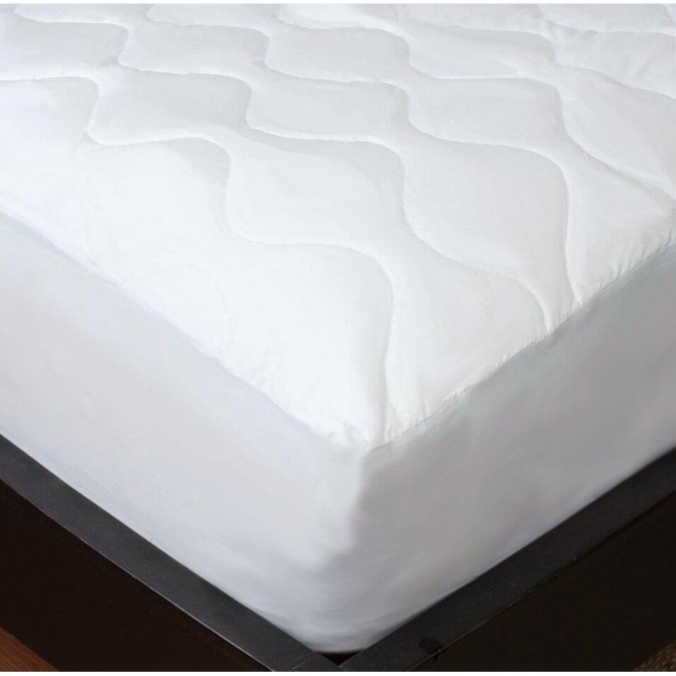Maison condelle studio 707 14 polyester mattress pad for Maison pad