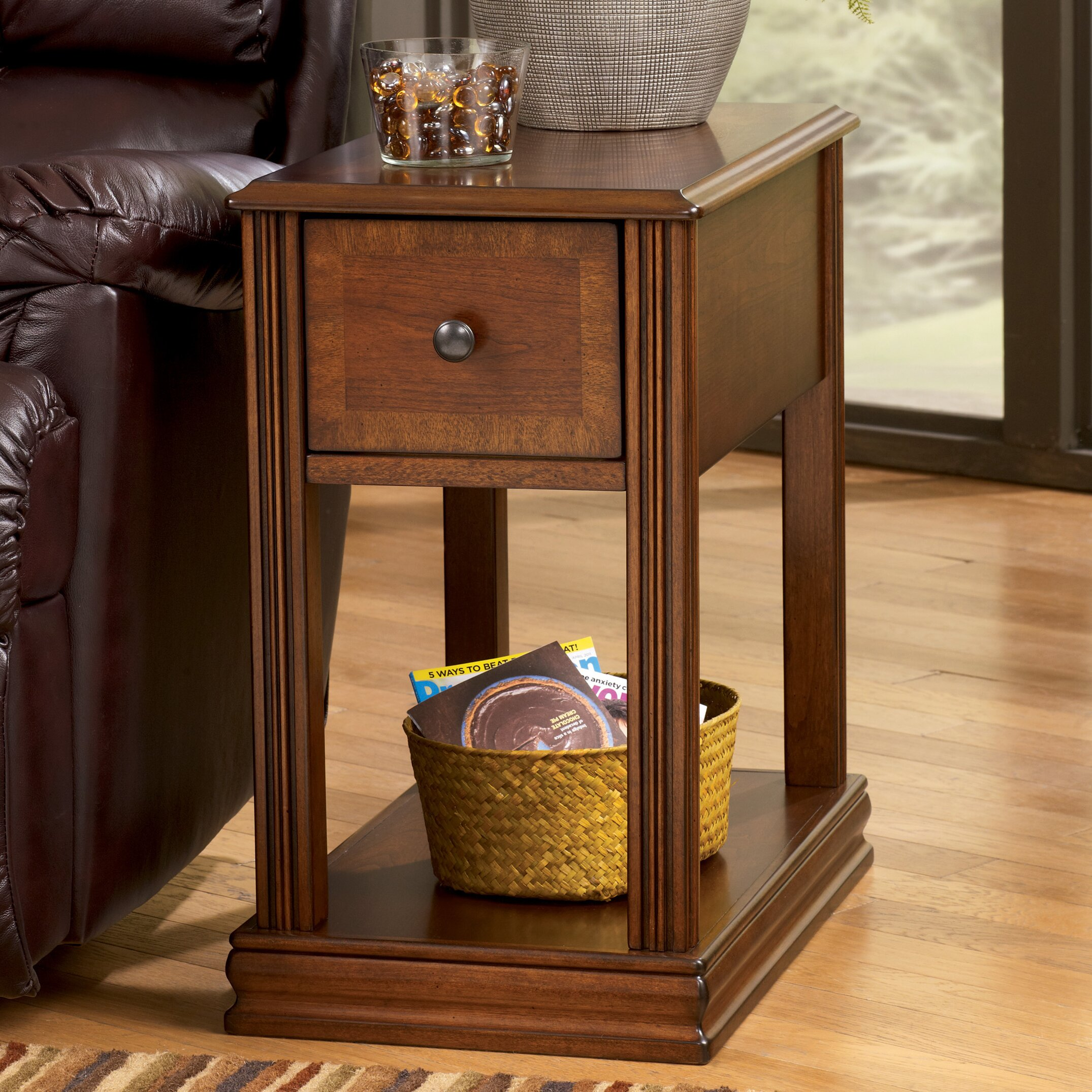 Darby home co busse chairside table reviews wayfair for Furniture and home decor hamilton county