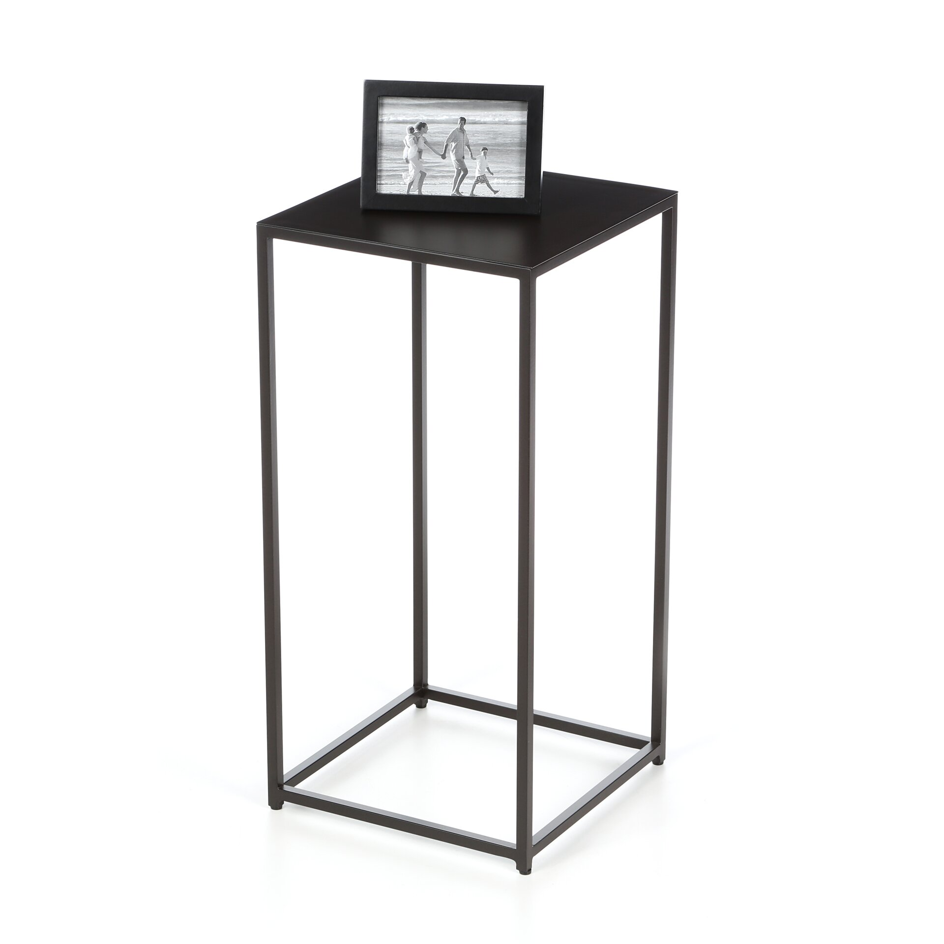 magers pedestal plant stand