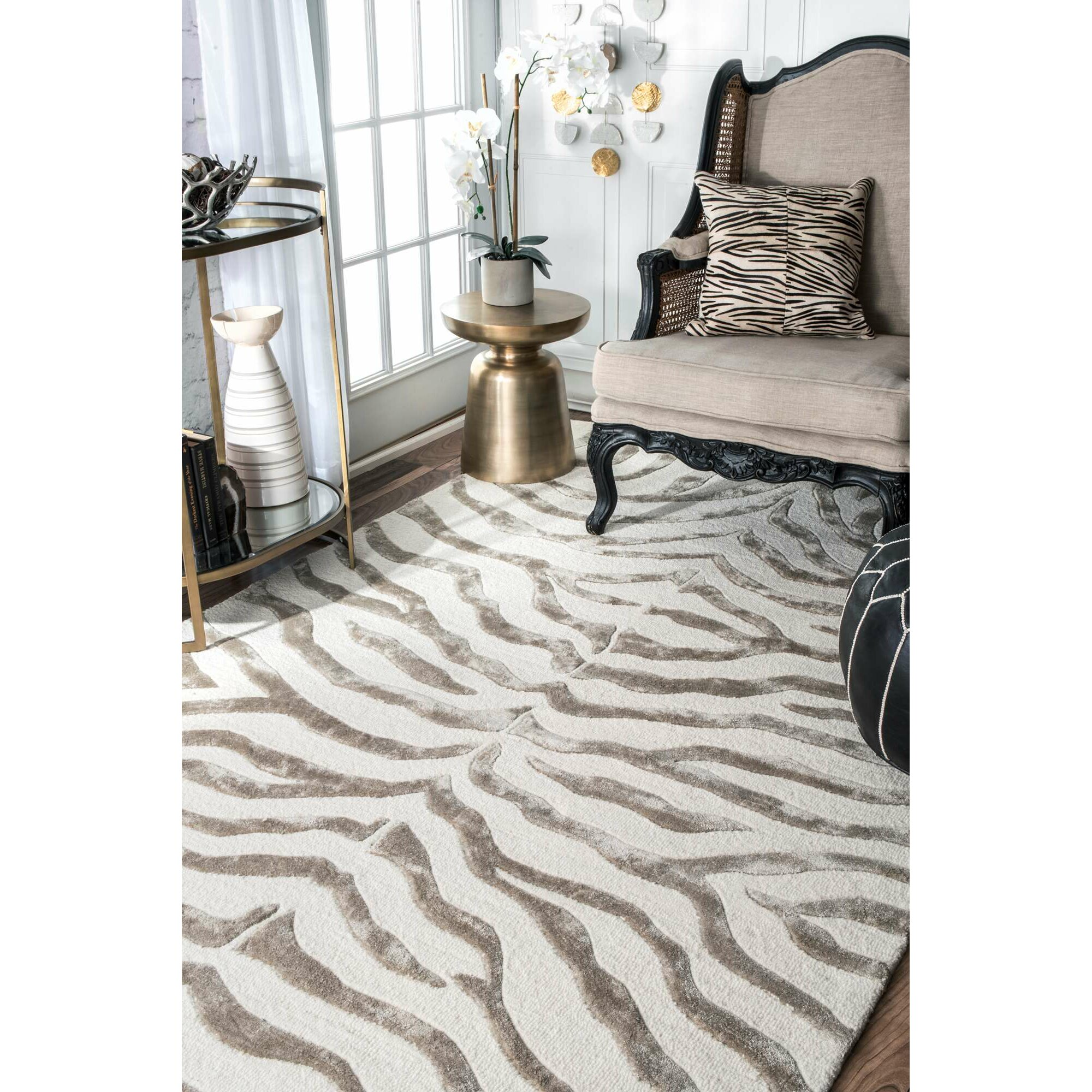 Mercer41 Dodgson Soft Zebra Technique Gray/Ivory Area Rug