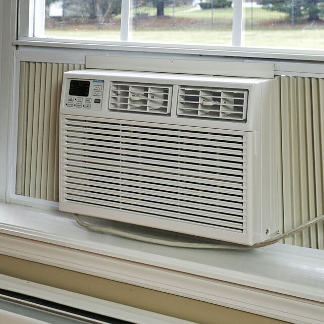 Emerson Quiet Kool Emerson Quiet Kool 12 000 Btu Window Air Conditioner With Remote Control