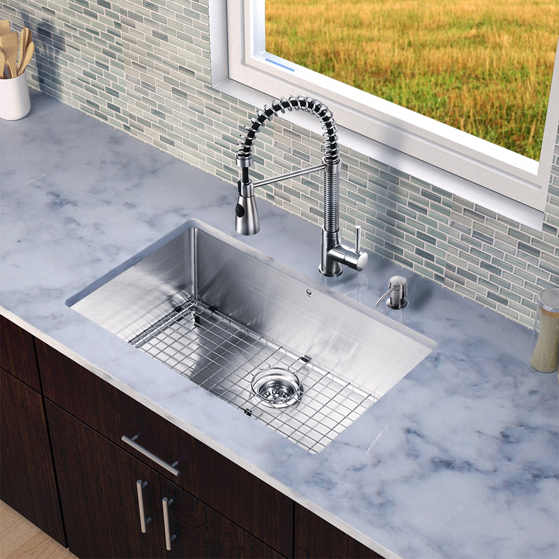 Restaurant Style Kitchen Faucets Vigo Brant Single Handle Pull Down Spray Kitchen Faucet Reviews
