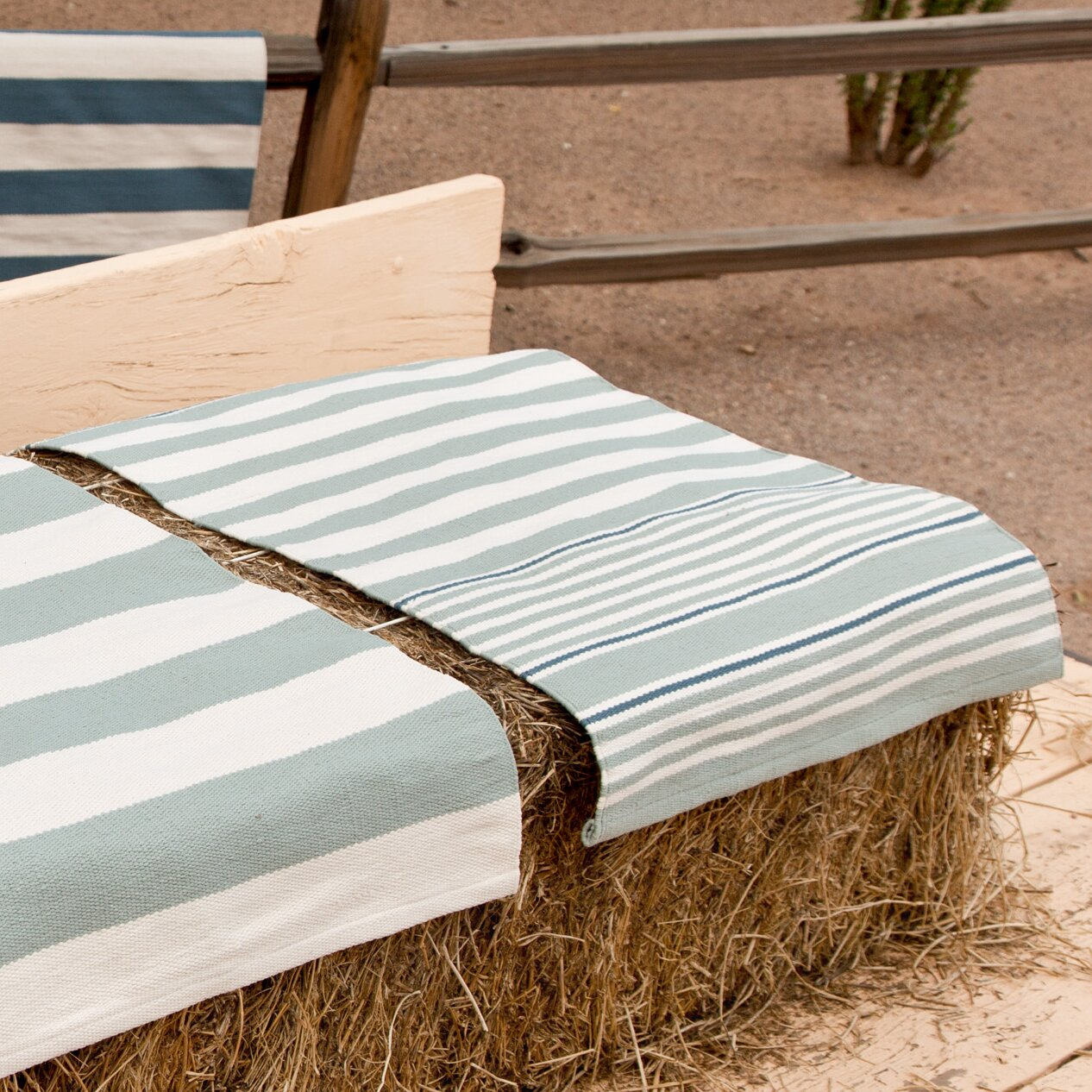 Dash and Albert Rugs Hand Woven Blue White Indoor Outdoor